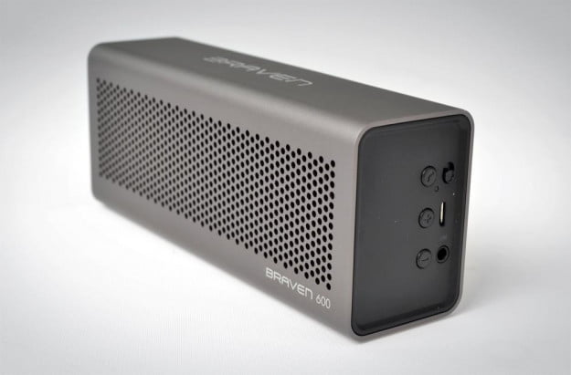 Braven 600 portable Bluetooth Speaker review front angle wireless ipad iphone ipod audio