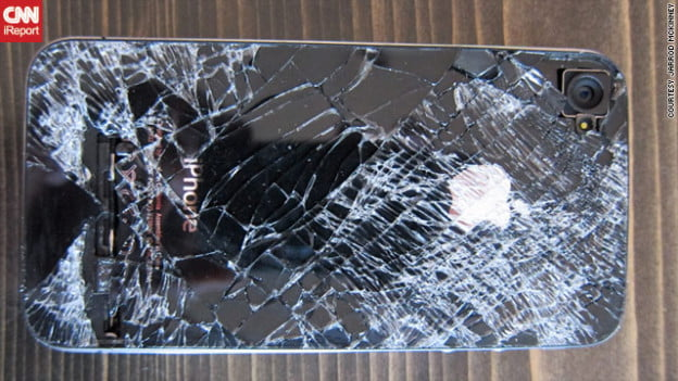 iphone cracked screen dropped from 13,500 feet