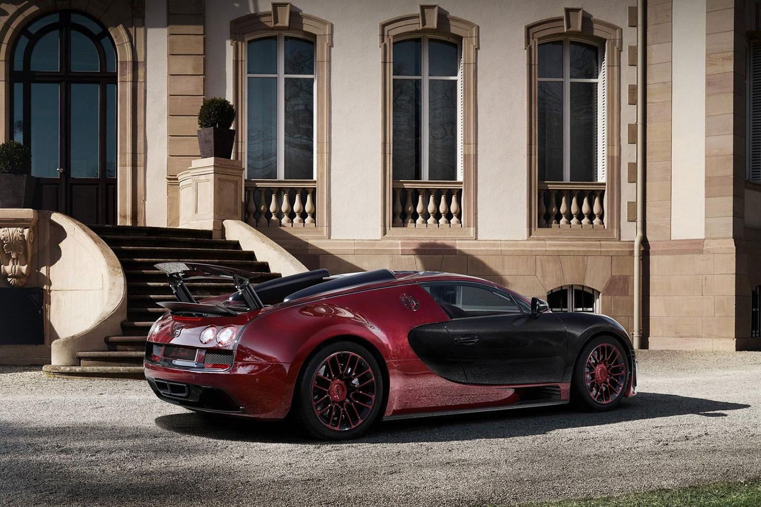 2015 bugatti grand sport vitesse 39 la finale 39 official specs pictures digital trends. Black Bedroom Furniture Sets. Home Design Ideas