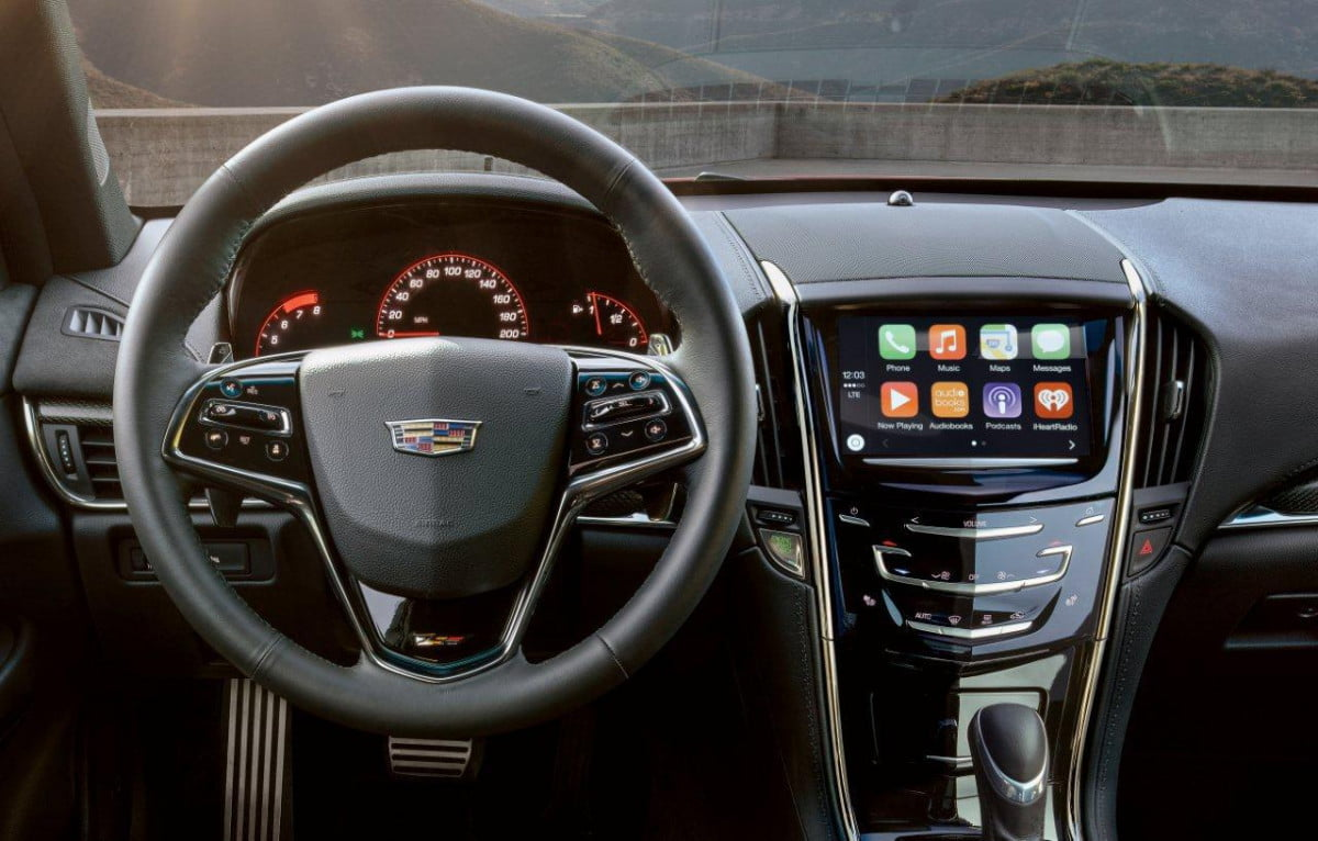 cadillac to add apple carplay and android auto