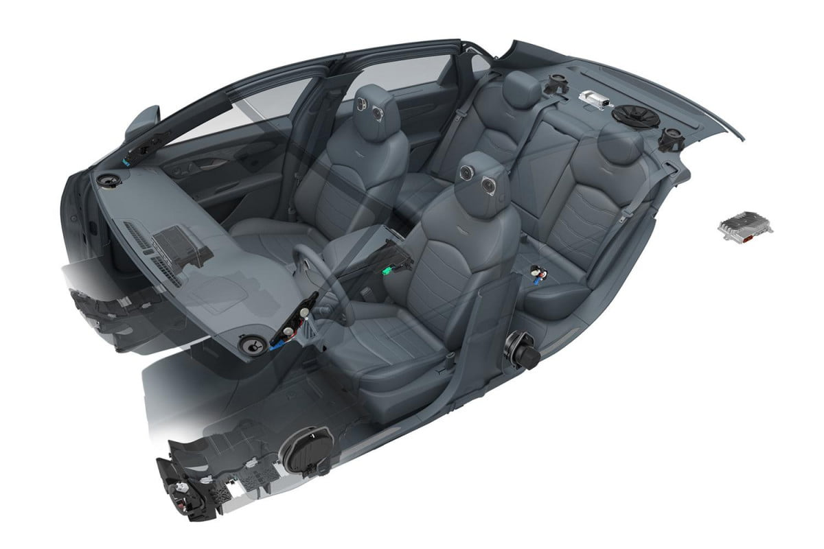 cadillac ct gets speaker bose audio system