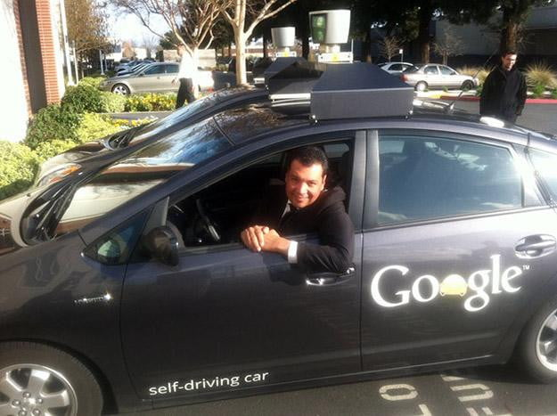 California-senator-rides-in-self-driving-Google-car,-proposes-autonomous-driving-legislation