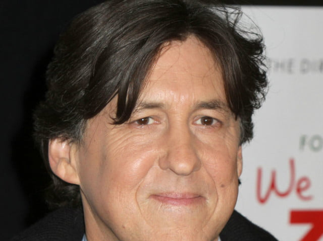 cameron crowe will direct new showtime series on roadies