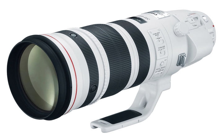 How the Canon 200-400mm f/4L IS looks like completely assembled