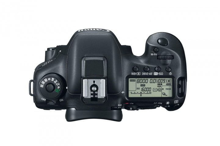 hands on review canon eos  d mark ii top press image