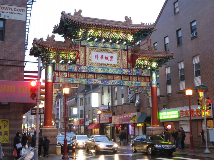 canon powershot s  review sample image chinatown