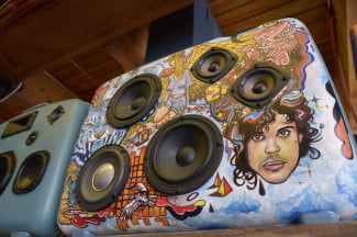 Case of Bass artist collaboration Eatcho