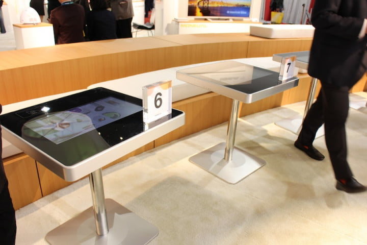 touchscreen restaurant table ces moneual touch tables