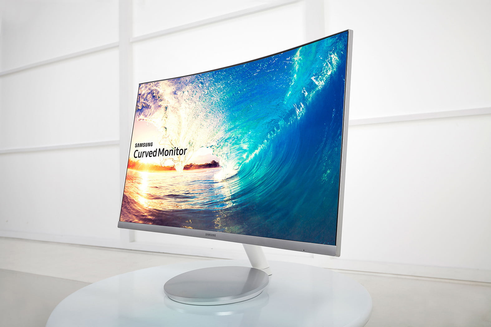 CF591-Curved-Monitor-2