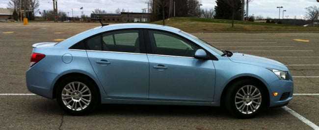 Chevy Cruze Eco side view