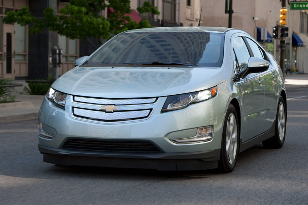 Chevy Volt review exterior front left side angle