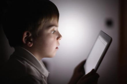 Childcare-experts-caution-parents-over-amount-of-time-their-kid's-spend-on-tablets