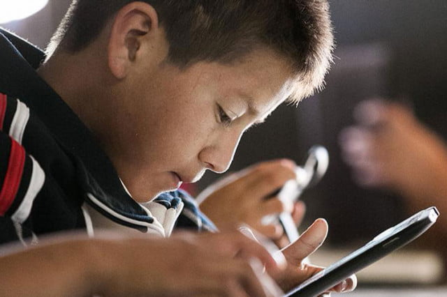 google tracking childrens data children with smartphones and tablets