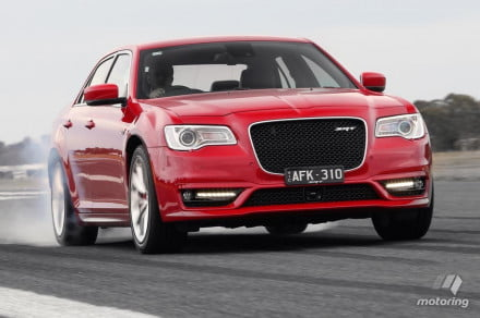 AUS-spec 2016 Chrysler 300 SRT