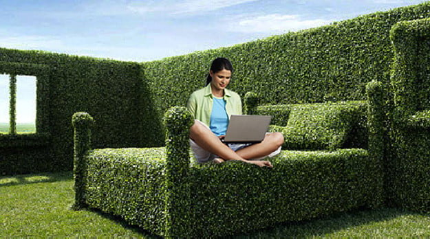 clearwire outside bedroom ad