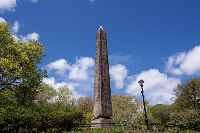 lasers tackle grime new york citys oldest outdoor monument cleopatras needle