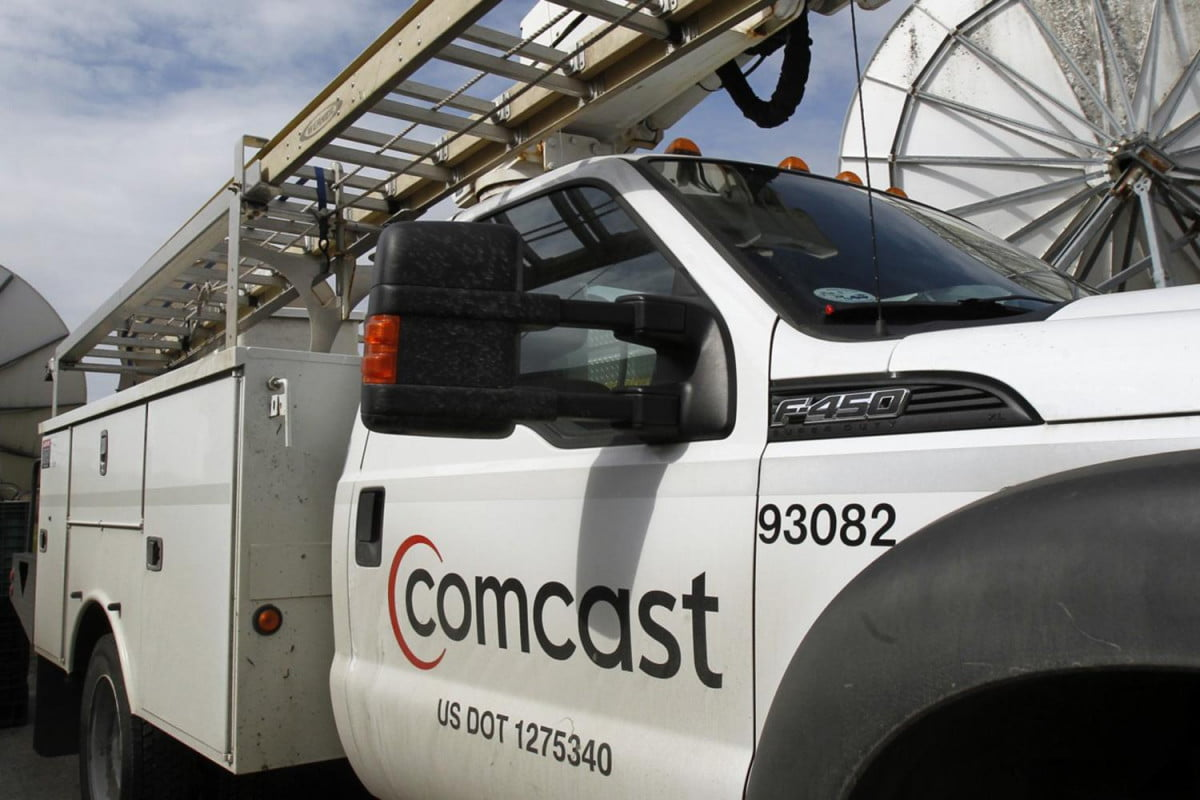 time warner cable comcast buy twc stock deal buys