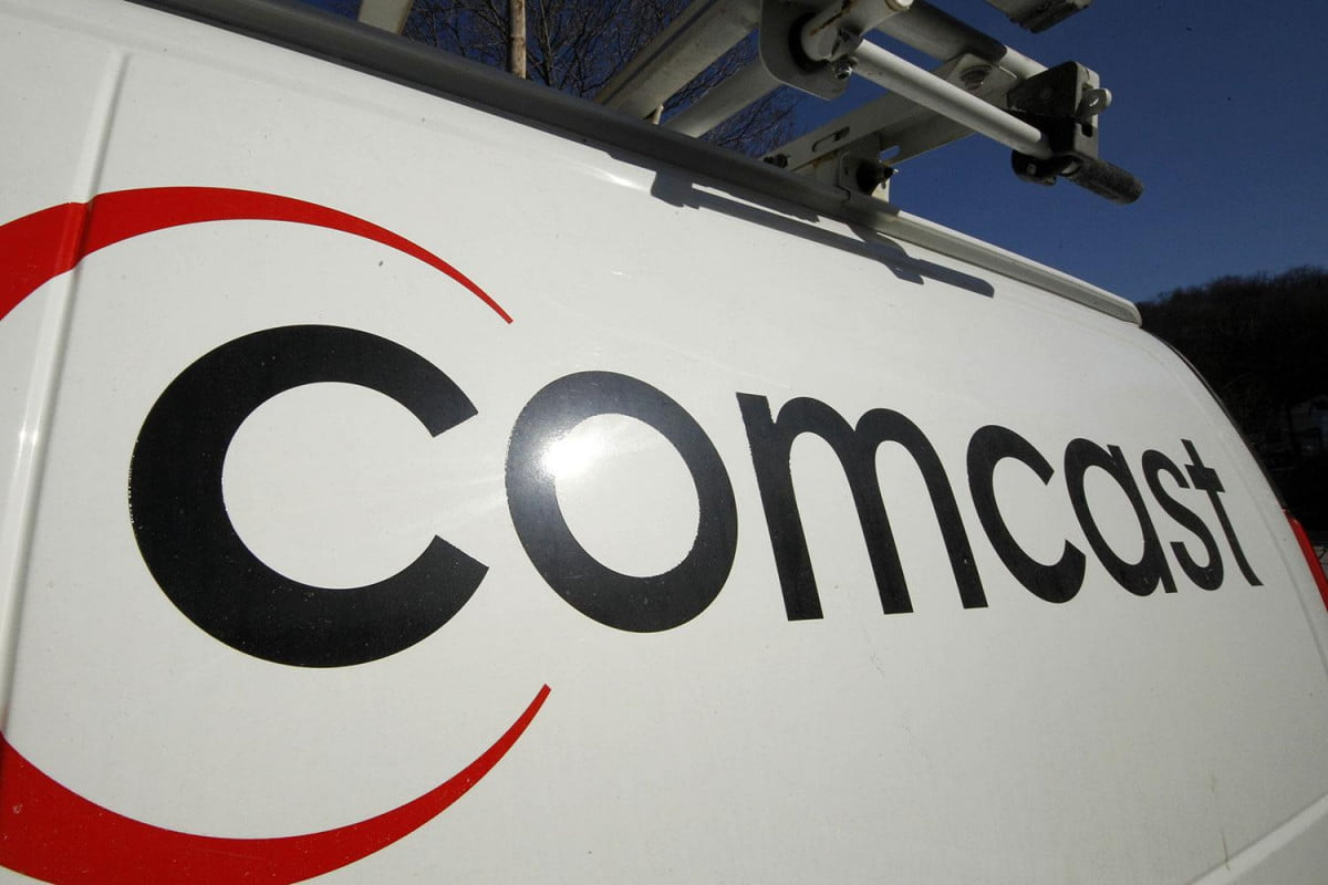 comcast abandons customer hold three hours closes header