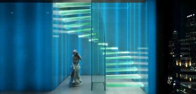 Cool-ways-to-decorate-with-LED-light-strips-Stairs