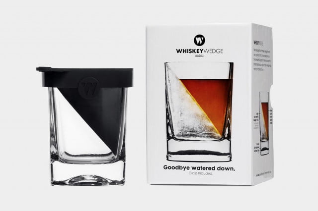 Corkcicle-Whiskey-Wedge_