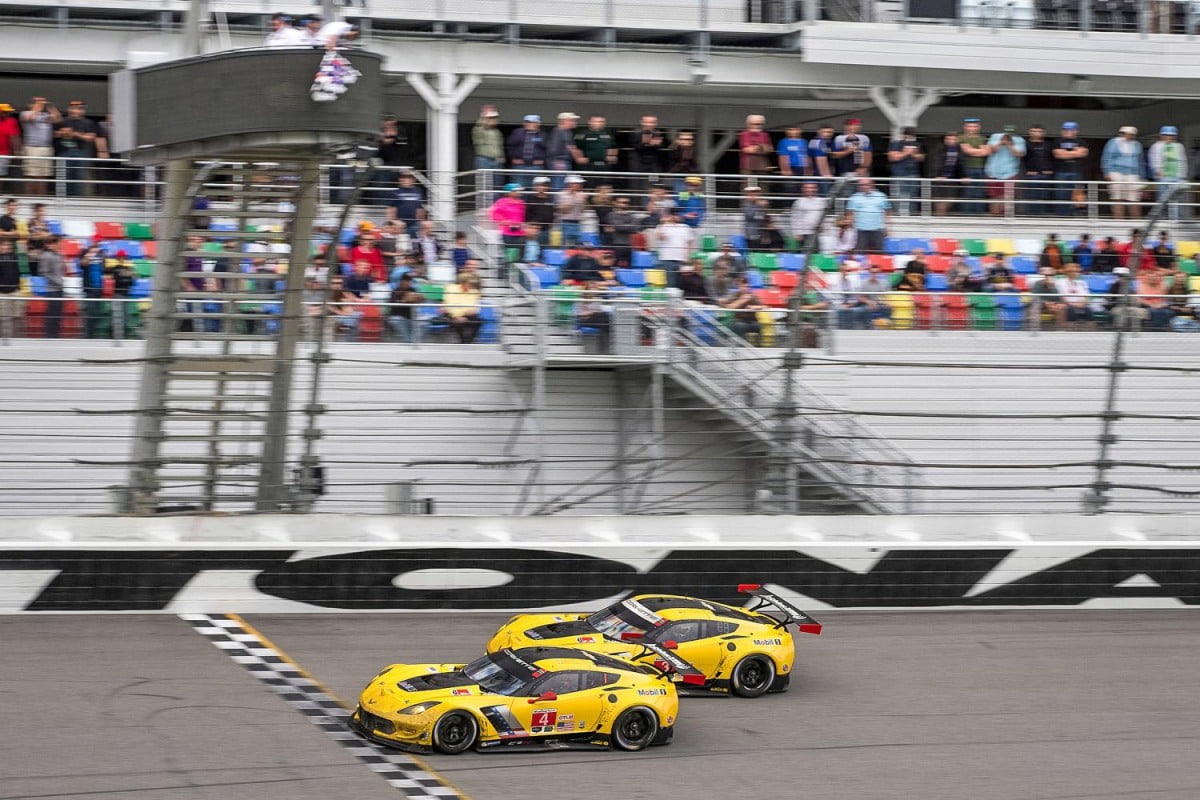 rolex at daytona chevrolet corvette c r hours