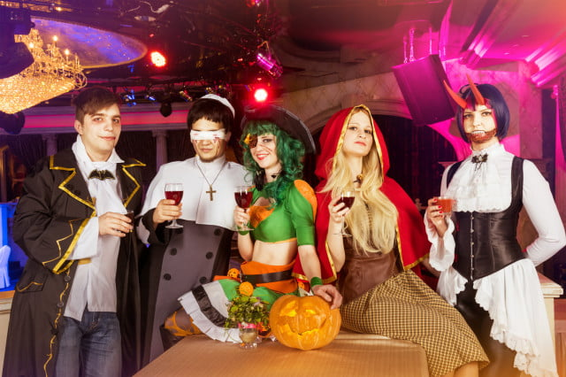 googles frightgeist shows most searched for costumes costume friends