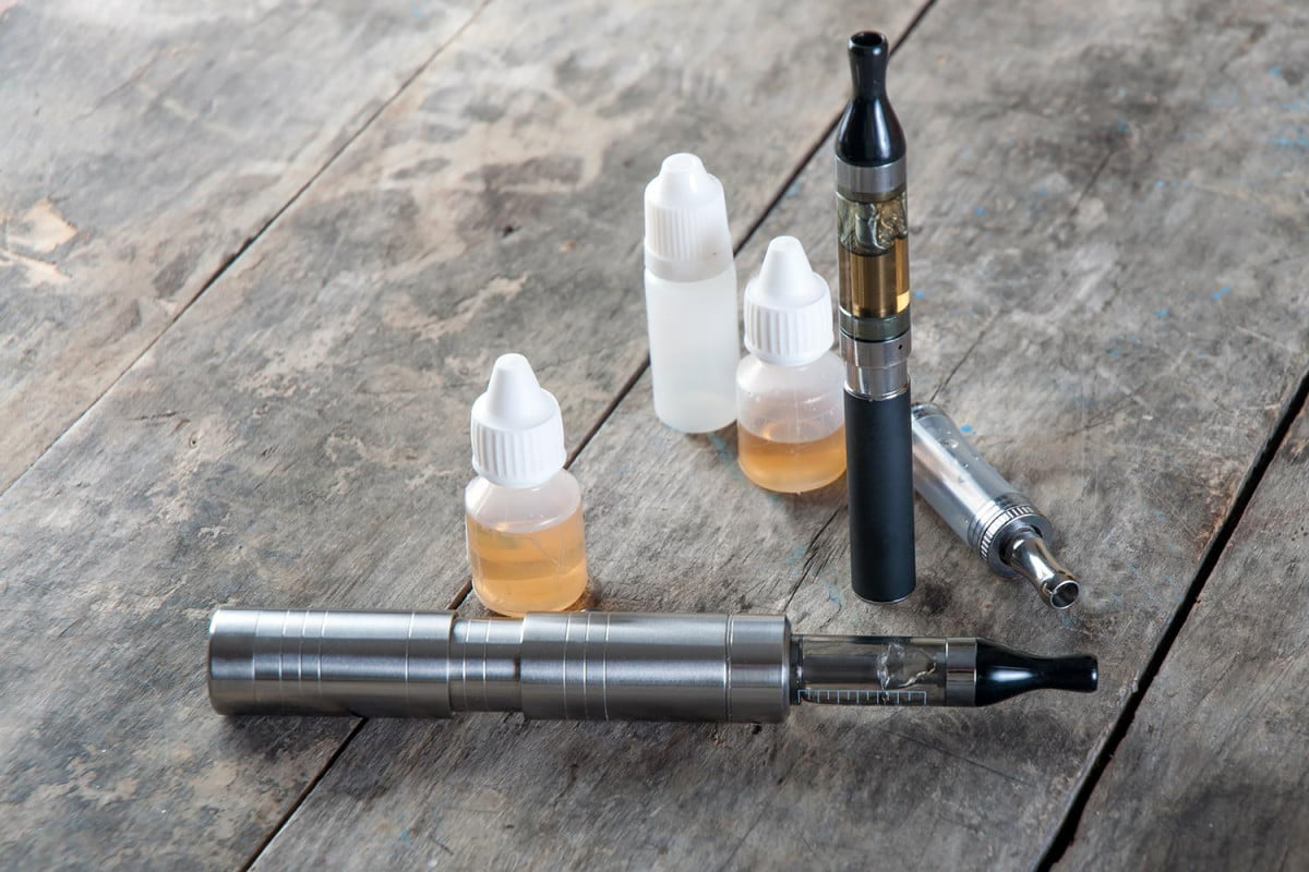 e liquid cigarettes risks dangers toothpaste new york times couts liquids
