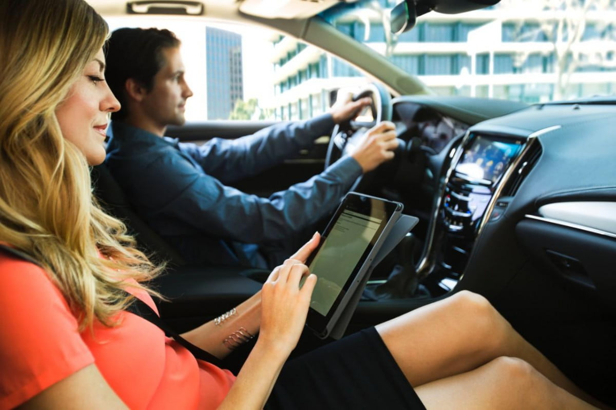 gm onstar  g lte priced free three month trial announced cq dam web