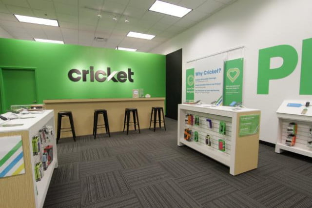 cricket wireless tries attract t mobile metropcs customers  bill credit