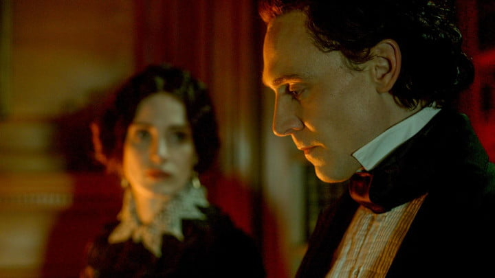 forbidden stories that crimson peak actors can never share tom hiddleston  a
