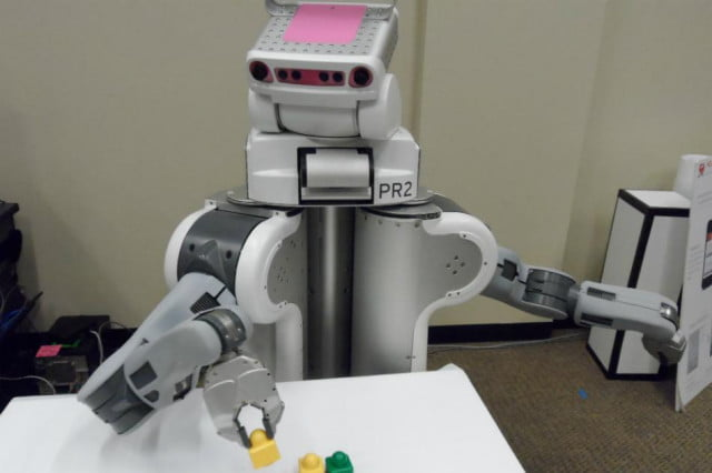 robots learn faster crowdsourcing information