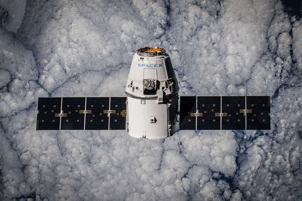 spacex dragon spacecraft crs  orbit
