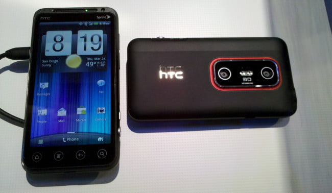 ctia-2011-htc-evo-3d-front-and-back