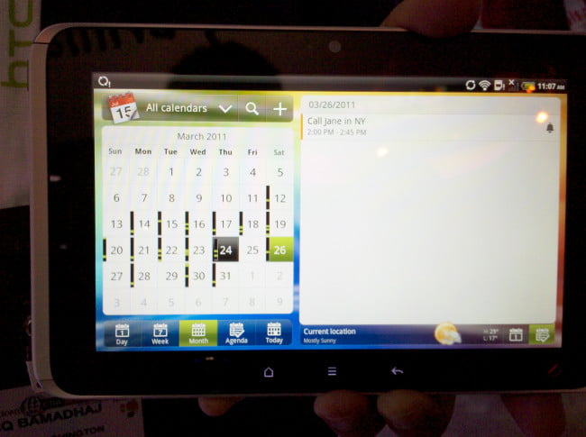 ctia-2011-htc-flyer-split-screen-calendar