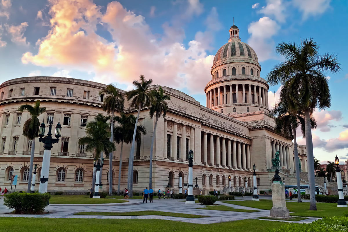 how to travel cuba capitol