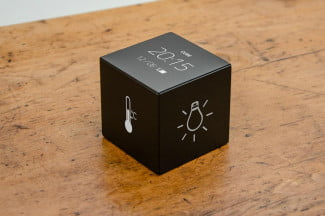 Cube smart home controler