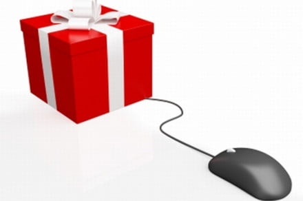 Cyber-Monday-Gift