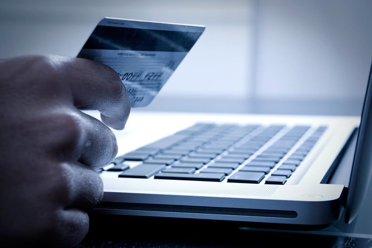 cyber monday how to avoid scams online shopping screwed