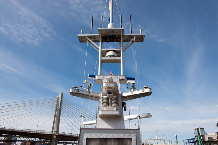 darpa officially christens the actuv in portland boat mast