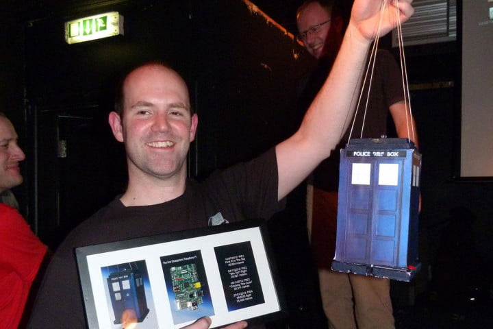 not just for nasa anymore how one man is taking his own photos from space dave akerman raspberry pie  tardis