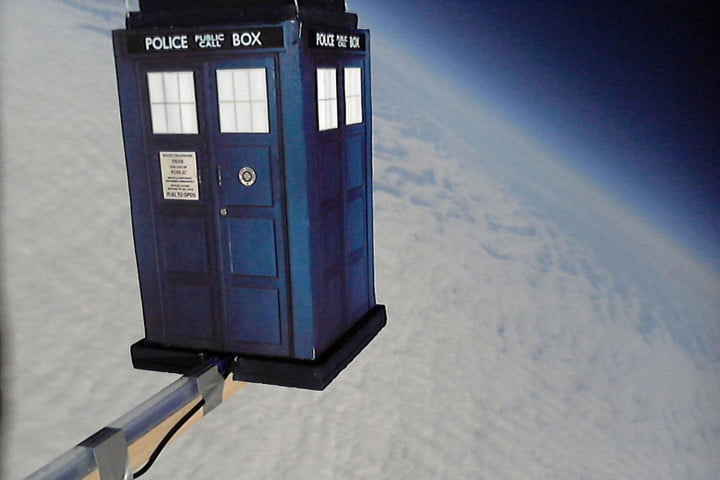 not just for nasa anymore how one man is taking his own photos from space dave akerman raspberry pi pie  tardis flight