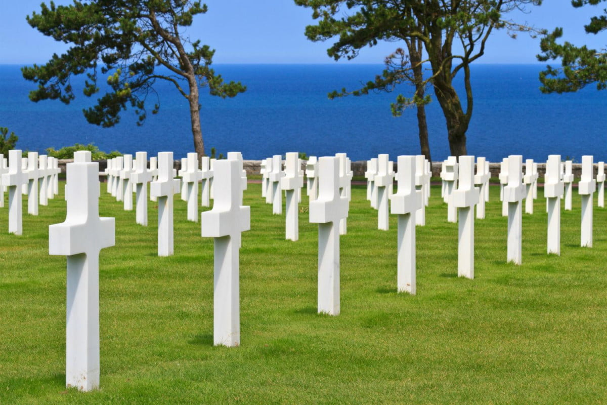 twitter accounts live tweeting d day occurred  years ago today normandy dday