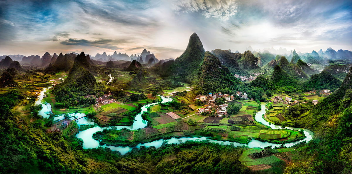 Deep-in-the-Guangxi-Province-of-China-X3
