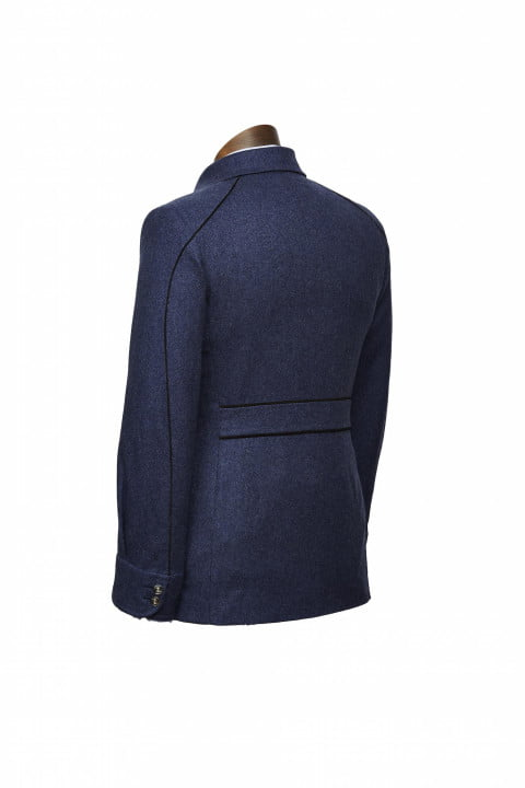 bentley takes bespoke to your torso with these savile row driving jackets dege skinner bespokedrivingjacket rear
