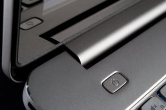 Dell Inspiron 15 7000 review power button