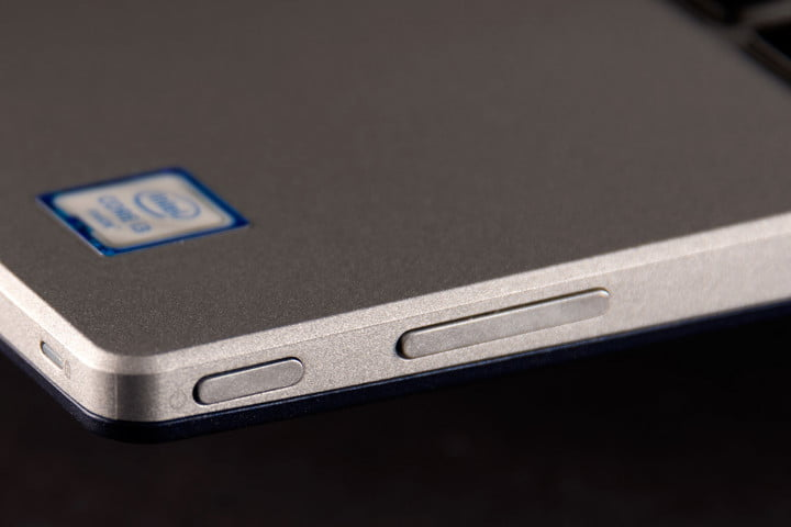 dell inspiron  series in special edition review buttons