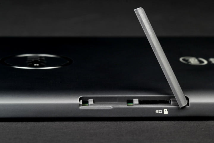 dell venue  review sd slot