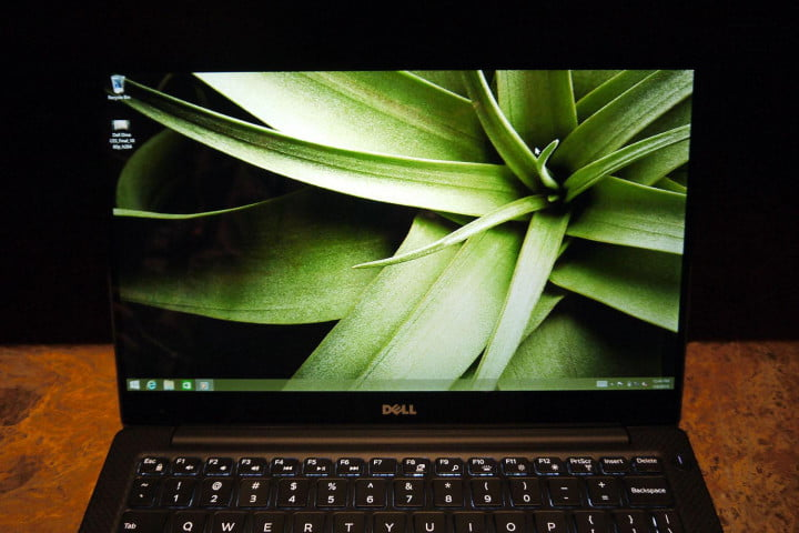dell xps  laptop has a screen with virtually no bezel hands on p