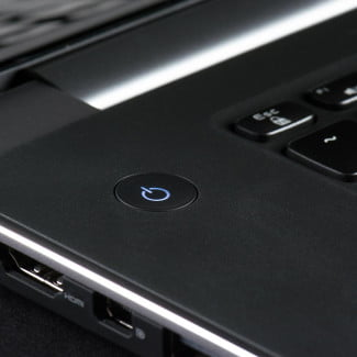 Dell XPS 15 review keyboard