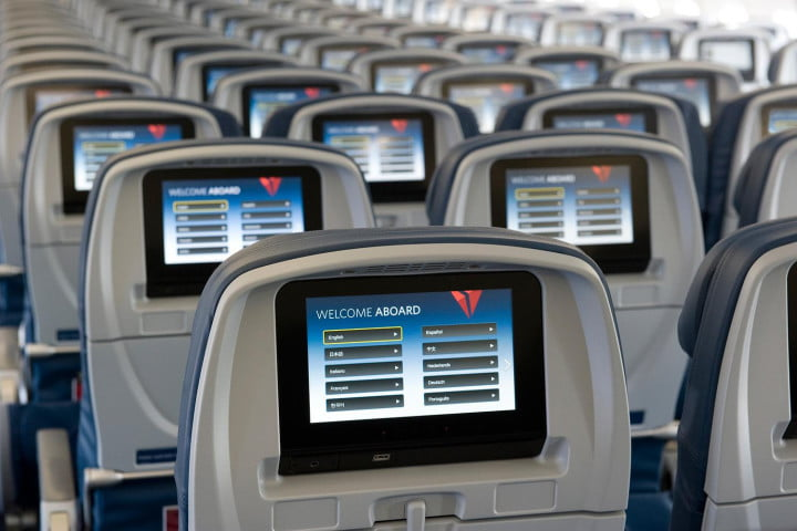 airline tech savvy delta airlines seatback entertainment